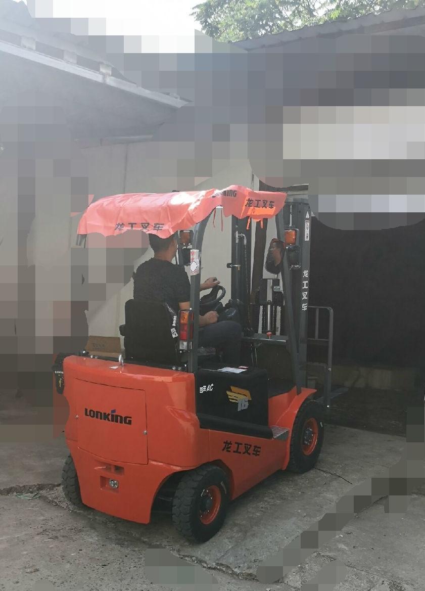 南京食品公司再次选择龙工电动叉车做冷库叉车