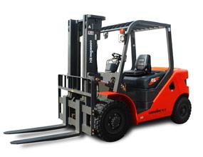 龙工第三代4.5吨内燃平衡重式叉车LG45D(T)III