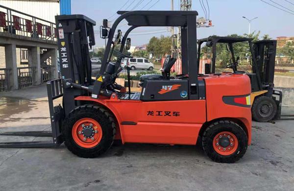龙工叉车CPC47-南京4.7吨叉车